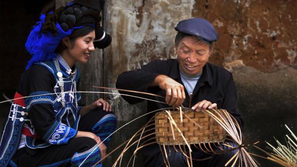Độc đáo nghề đan lát của dân tộc Hà Nhì ở Y Tý