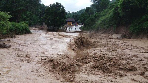 Nắng nóng sắp chấm dứt, cảnh báo lũ quét và ngập lụt ở Lào Cai