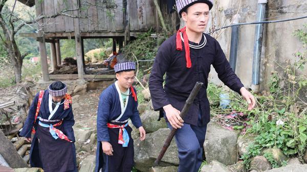 Lào Cai: Đặc sắc lễ cưới hỏi của người Mông xanh