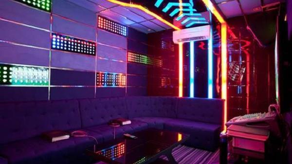 Dịch vụ karaoke, vũ trường hoạt động trở lại sau gần 3 tháng tạm ngưng