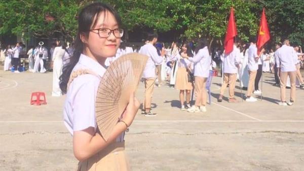 """Nữ sinh Lào Cai đoạt giải Nhất cuộc thi """"An toàn giao thông cho nụ cười ngày mai"""" cấp quốc gia"""