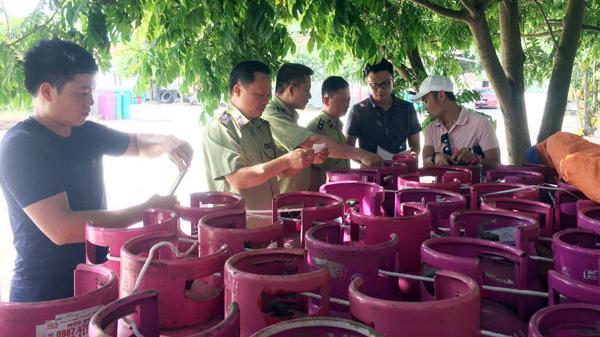 Lào Cai: Tạm giữ 144 bình gas không rõ nguồn gốc xuất xứ