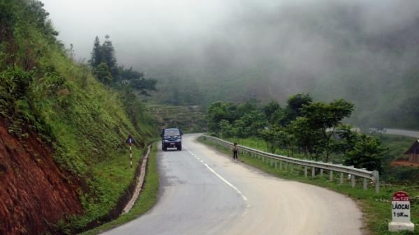 Triển khai nâng cấp Quốc lộ 4D đoạn Thác Bạc - Sa Pa
