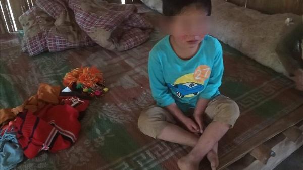 LD 21054: Gia đình kiệt quệ vì các con mắc bệnh