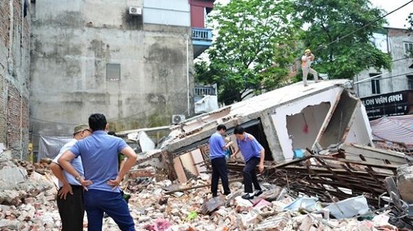 Thành phố Lào Cai: Nhà 3 tầng đổ sập trong đêm