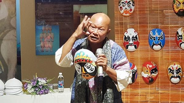 Đà Nẵng: Mặt nạ Tuồng Việt Nam không lẫn lộn mặt nạ Kinh kịch Trung Quốc
