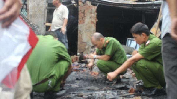 Đồng Nai: Chồng tẩm xăng đốt vợ vì ghen tuông