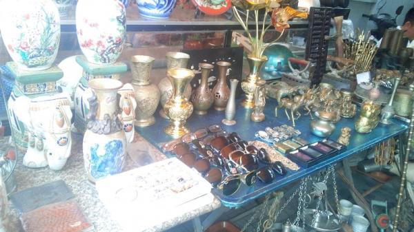 Cần Thơ: Dạo chợ ve chai độc nhất vô nhị ở miền Tây