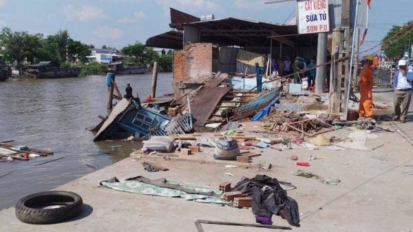 Cần Thơ: Ghe chở 80 tấn gạo bị chìm khi đi qua khu vực sạt lở