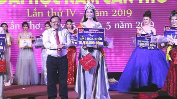 Vẻ đẹp con gái miền Tây trong cuộc thi Hoa khôi Trường đại học Nam Cần Thơ