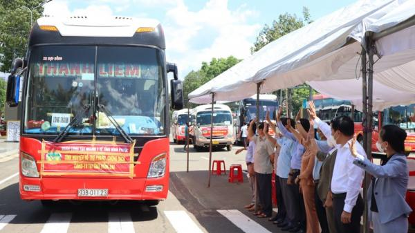 Bình Phước đưa 250 nhân viên y tế hỗ trợ Đồng Nai chống dịch COVID-19