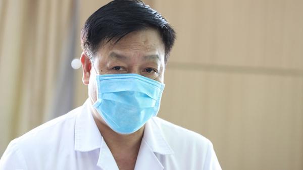 Giám đốc Bệnh viện Bệnh Nhiệt đới: 'Vài ngày nữa sẽ vào trận mới'