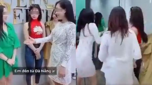 Nhóm gái xinh quay clip bắt tay 'kỳ thị' người đến từ Đà Nẵng lập tức bị chỉ trích dữ dội
