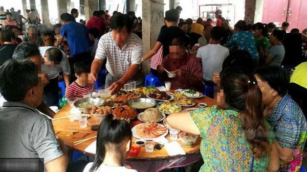 Cô gái 29 tuổi ở Đà Nẵng dương tính Covid-19 sau khi ngồi ăn giỗ cùng bàn với BN456