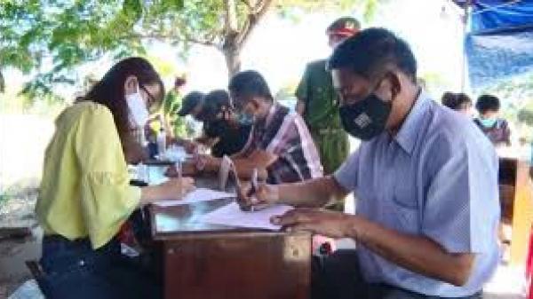 Khai báo thông tin người Bình Thuận chưa kịp rời Đà Nẵng