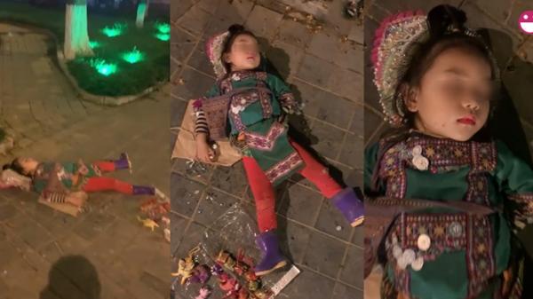 Em bé bán hàng rong ở Sa Pa ngủ quên giữa đường gây xôn xao cộng đồng mạng