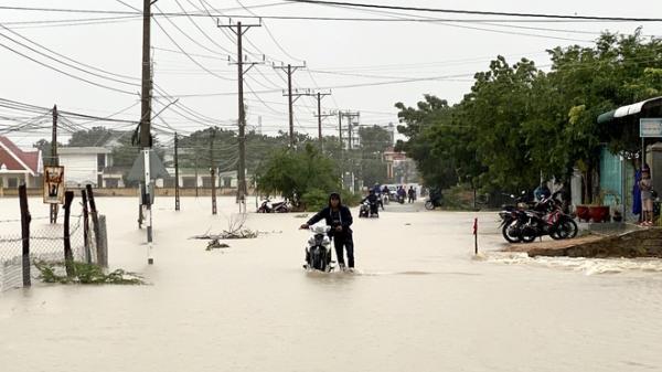 Ninh Thuận cho học sinh nghỉ học do mưa lớn