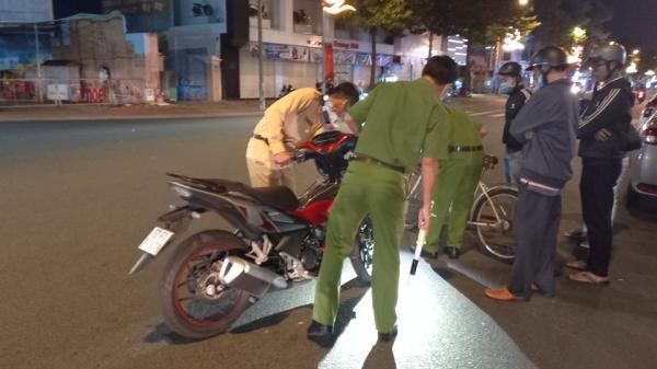Bà Rịa- Vũng Tàu: Điều tra vụ xe máy va chạm với xe đạp tại vòng xuyến, 1 người chết