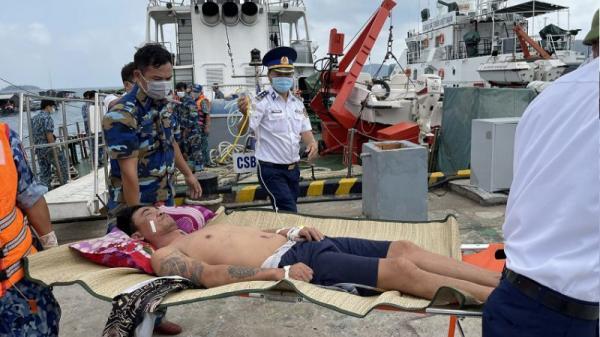 Ninh Thuận: Kịp thời cấp cứu 2 ngư dân bị nạn khi đánh bắt cá trên biển