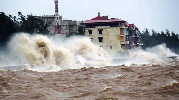 Gửi công điện khẩn chủ động ứng phó với vùng áp thấp trên Biển Đông và mưa lớn diện rộng