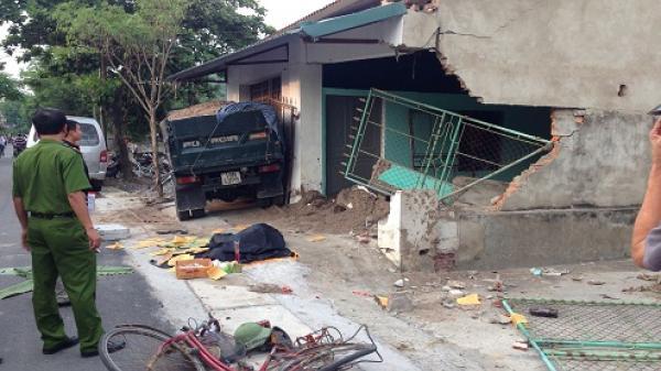 Kinh hoàng: Xe tải của tài xế người Nam Định tông một bà cụ tử vong