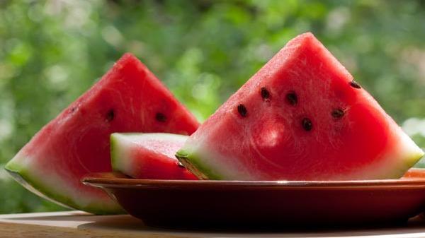 """Các loại trái cây là """"độc dược"""" nếu ăn vào buổi tối"""