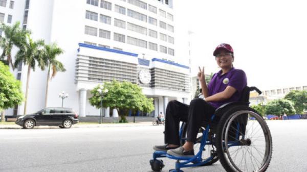 Trường ĐH Bách khoa HN tuyển thẳng 1 thí sinh quê Nam Định khuyết tật nặng