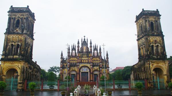 10 nhà thờ đẹp ở Nam Định