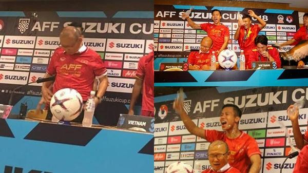 Đội trưởng cầm đầu, Quang Hải đeo mặt nạ lao vào ph.á họp báo, bố Park b.ất lực m.ắng yêu