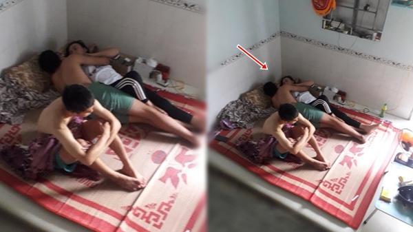 """""""Làm gì khi người yêu thằng bạn cùng phòng ngày nào cũng chen vào giữa giường nằm hôn nhau?"""""""