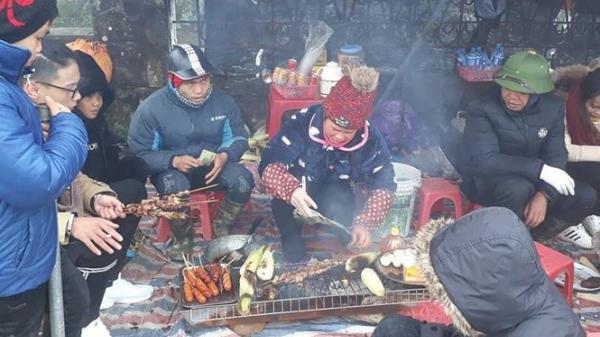 Lạng Sơn: Mưu sinh trong băng rét trên đỉnh Mẫu Sơn