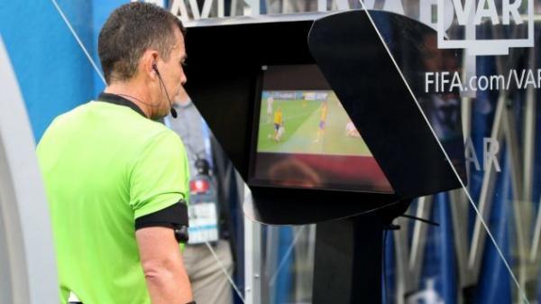 Trưởng giải V.League: 'Sẽ áp dụng VAR tại một số sân ở V.League'