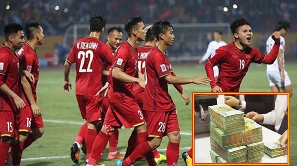 ĐT Việt Nam BẤT NGỜ được thưởng nửa tỷ đồng sau trận thua Iraq
