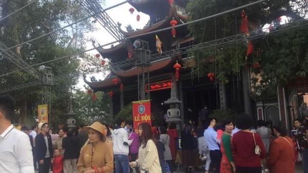 Người xứ Lạng náo nức xin lộc Chùa Thành đầu năm Kỷ Hợi 2019
