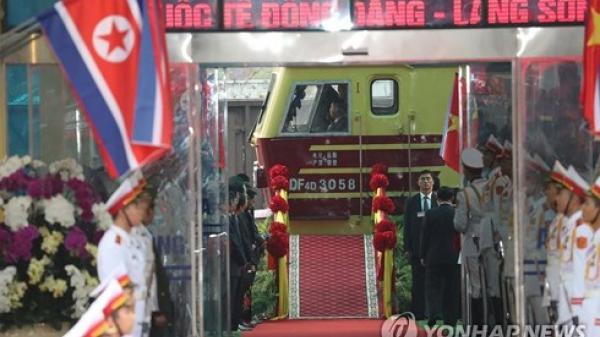 Vì sao đoàn tàu bọc thép của Chủ tịch Kim Jong-un rời khỏi nhà ga Đồng Đăng?