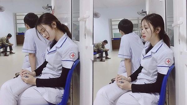 Chân dung nữ y tá xinh đẹp ngủ gật trong ca trực khiến CĐM truy tìm vì quá xinh