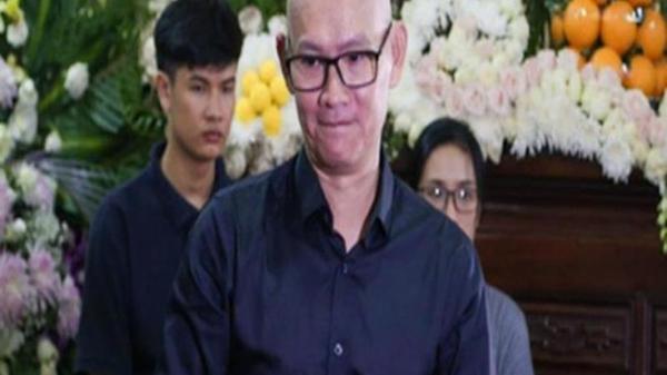 """Biên đạo múa Hữu Trị trong """"Gương mặt thân quen"""" đột ngột qua đời vì ngã từ tầng 13, sao Việt bàng hoàng đau xót"""