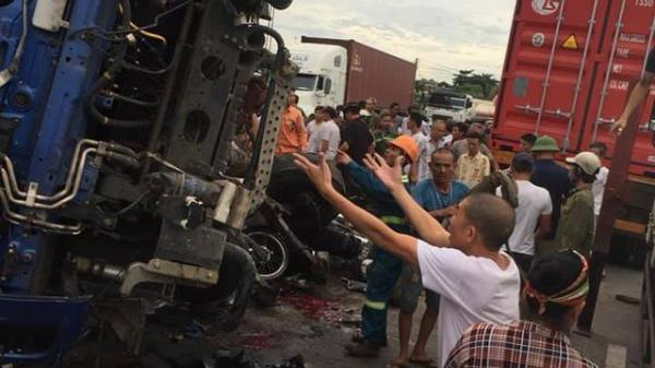 Xác định nguyên nhân vụ đứng xem tai nạn giao thông khiến 6 người bị ô tô tải lật đè t.ử v.ong