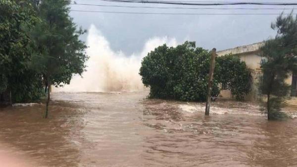 Bão vừa tan đã họp khẩn ứng phó áp thấp nhiệt đới