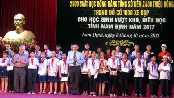 Nam Định: Trao 2.000 suất học bổng trị giá hơn 2,4 tỷ đồng cho học sinh vượt khó, hiếu học
