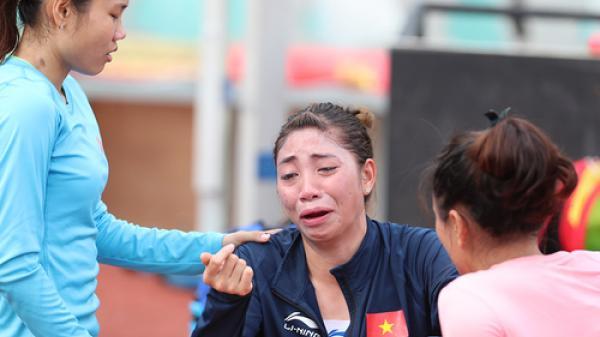 Nữ VĐV điền kinh Nam Định nức nở vì bị HLV quát mắng
