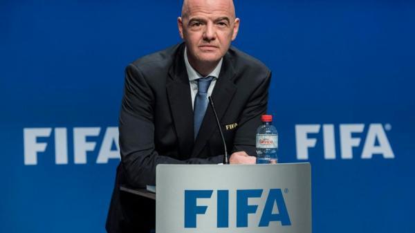 Bóng đá quốc tế 2017: Real trên đỉnh thế giới,VAR gây tranh cãi và sự sụp đổ của Luật công bằng tài chính