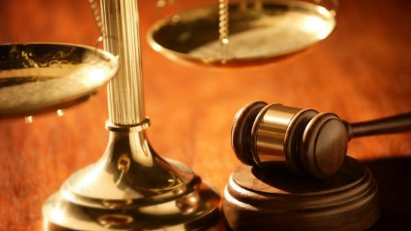 Chuyện lạ đời: Mẹ kiện con ra tòa vì... không trả tiền phí nuôi dưỡng và ăn học