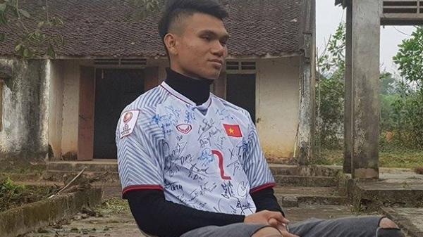 U23 Phạm Xuân Mạnh dành tiền thưởng giúp bố mẹ trả nợ