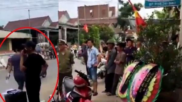 Nghệ An: Điều tra vụ đến nhà trưởng công an xã đặt vòng hoa tang, mở nhạc đám ma để đòi nợ