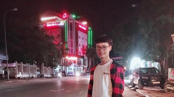 Mối tình đầu đẫm nước mắt của chàng trai đồng tính xứ Nghệ