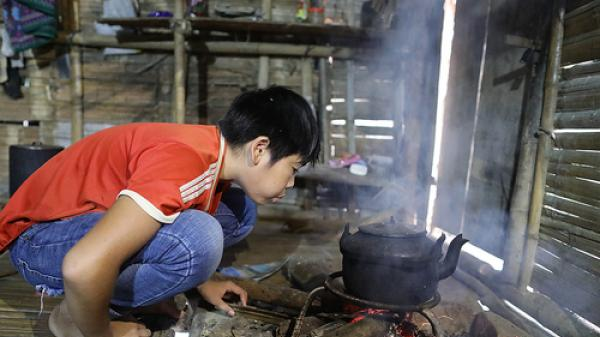 Cuộc sống của học sinh ở 'ốc đảo' ven hồ thủy điện Bản Vẽ, Nghệ An