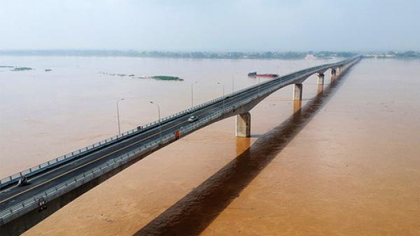 HOT: Cầu 1.400 tỷ nối Phú Thọ và Hà Nội sắp thông xe