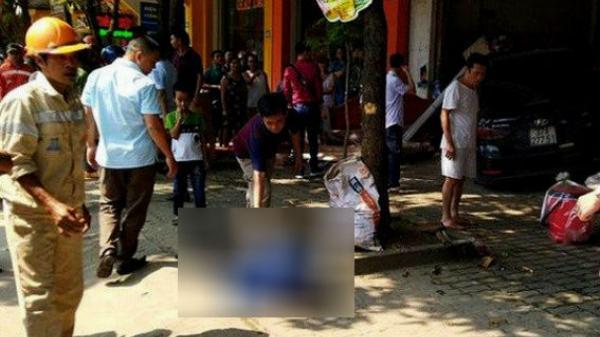Nghệ An: Ô tô đâm tử vong người đi xe máy rồi lao thẳng vào cửa hàng ven đường