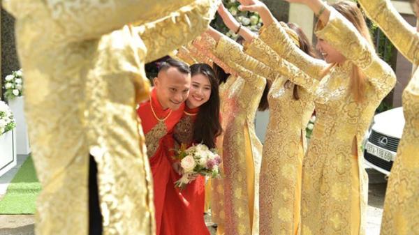 Học trò thầy Park chia tay tuyển Việt Nam trở về Nghệ An tổ chức đám cưới